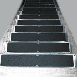 Sicherheitsmatten und Antirutschprodukte für Treppen