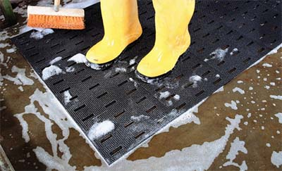 Antirutschmatte für nasse Arbeitsumgebungen