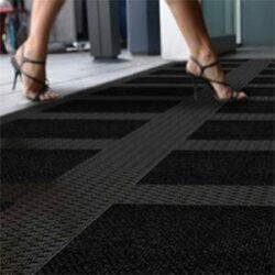 Bodenplatten-Stecksysteme für große Eingänge